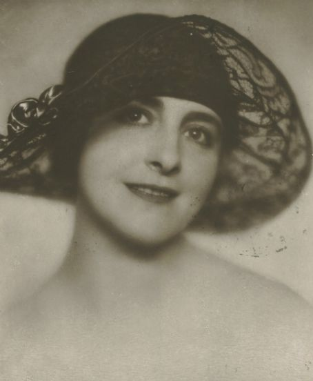 "Frieda Ulricke ""Henny"" Porten was a German actress and film producer of the silent era. She appeared in more than 170 films between 1906 and 1955. She was one of the few German actress of the era to enter film without having stage experience."